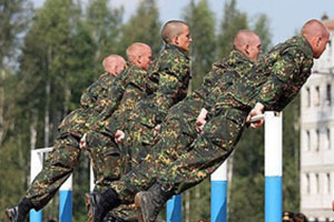 rossijskaya-armiya-krepchaet-umneet
