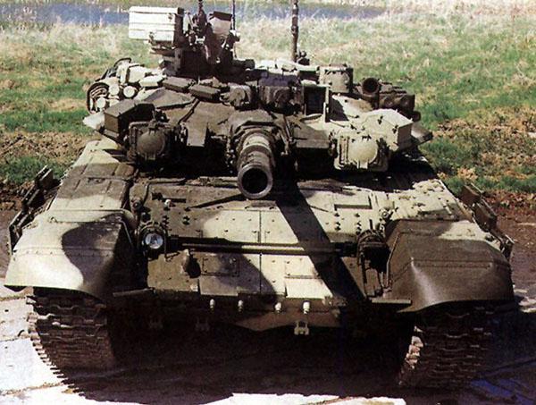 tanki-stanut-monotonnymi-big